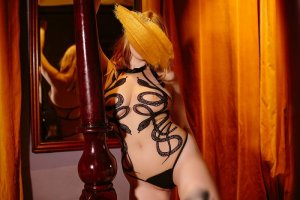 Charlesia escort girl