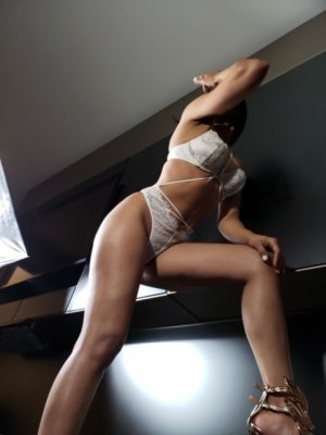 Roxanna escort girls