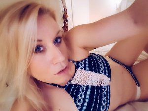 Balbine escort girls in Circleville Ohio